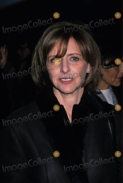 Nancy Myers Photo - Nancy Meyers What Women Want Premiere Paris Theater NYC photo by Kelly Jordan-globe Photos Inc