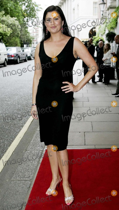 Amanda Lamb Photo - Amanda Lamb Travel Tv Presenter Arrives For the Walk with Cancer Ball in the Ballroom at the Savoy Hotel in London Wc2 07062007