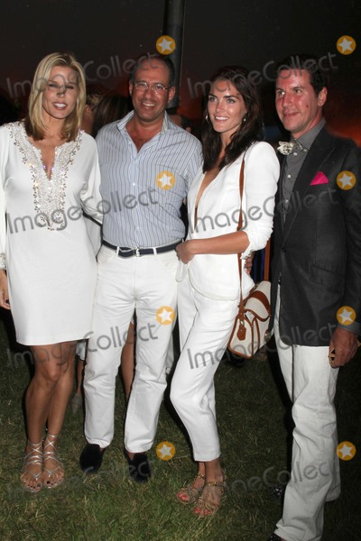 Andrew Saffir Photo - The 12th Annual Love Heals at Luna Farm Benefit For the Alison Gertz Foundation For Aids Education Luna Farmsagaponack NY July 9 2011 Photos by Sonia Moskowitz Globe Photos Inc 2011 Mary Alice Stephenson Andrew Saffir Peter Davis Hilary Rhoda