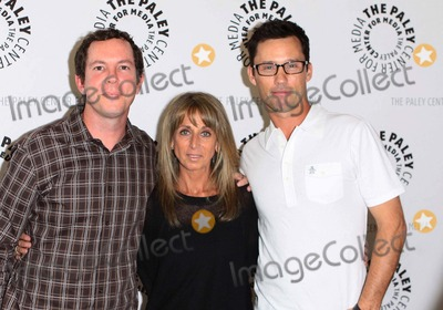 Jeffrey Donovan Photo - Matt Nix Bonnie Hammer Jeffrey Donovan the Paley Center Presents an Evening with Burn Notice Held the Paley Center For Media Hollywoodcalifornia 05-13-2010 Photo by Tleopold-Globephotos Inc 2010