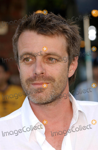 Harry Gregson Williams Photo - Shrek 2 Premiere at Mann Village Theatre Westwood CA 0582004 Photo by Fitzroy BarrettGlobe Photos Inc2004 Harry Gregson-williams