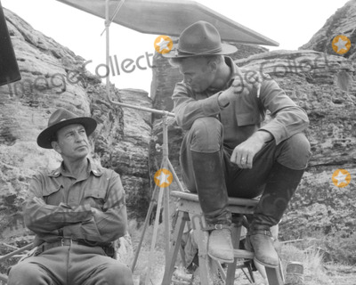 Gary Cooper Photo - Gary Cooper and Tab Hunter on Set of They Came to Cordura Photo Globe Photos Inc