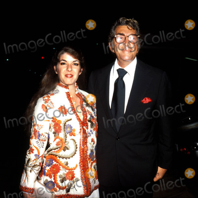Dean Martin Photo - Dean Martin and Daughter MichelsonGlobe Photos Inc