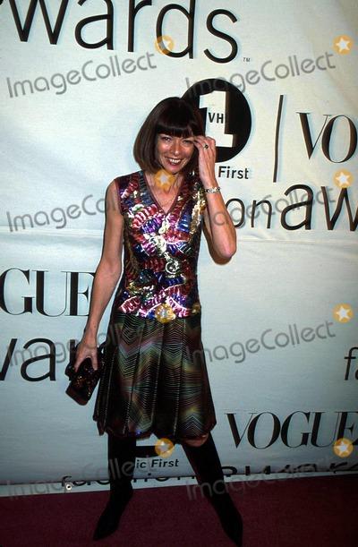 Anna Wintour Photo - Sd1020 Vh-1vogue 2000 Fashion Awards Msgnew York Anna Wintour Photosonia MoskowitzGlobe Photos Inc
