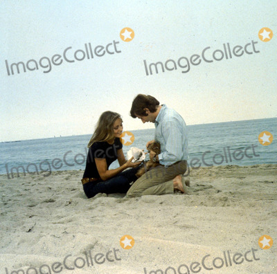 Sharon Tate Photo - Roman Polanski and Sharon Tate Globe Photos Inc