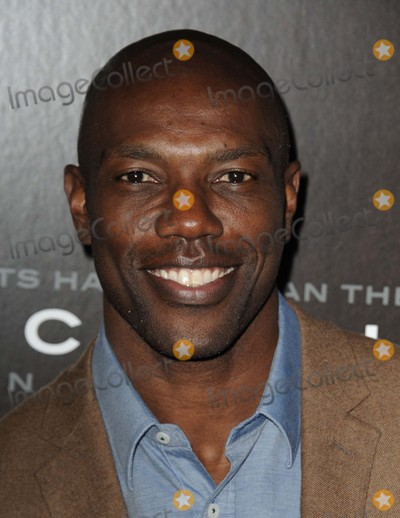 Terrell Owens Photo - Terrell Owens attending the Los Angeles Premiere of Concussion Held at the Regency Village Theater in Westwood California on November 23 2015 Photo by David Longendyke-Globe Photos Inc
