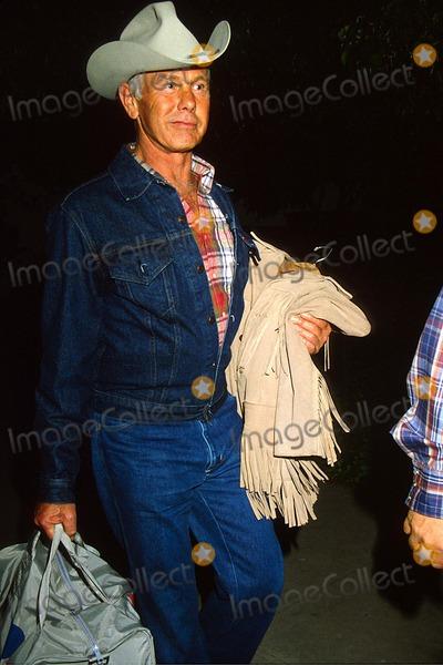 Johnny Carson Photo - Johnny Carson 1982 12192 Photo by Phil Roach-ipol-Globe Photos Inc