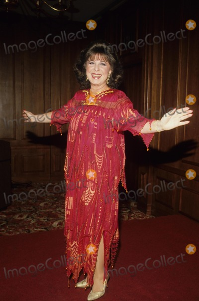 Eydie Gorme Photo - Eydie Gorme 1985 F1904 Supplied by Globe Photos Inc