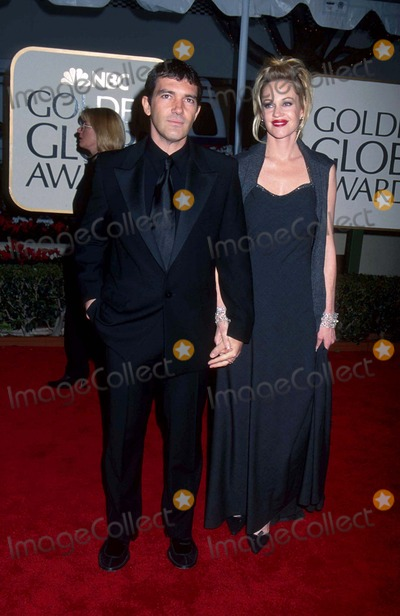 Melanie Griffiths Photo - Melanie Griffith with Antonio Banderas at 56th Golden Globes Awards in Beverly Hills  CA 1-24-1999 Photo by Phil Roach-ipol-Globe Photos Inc