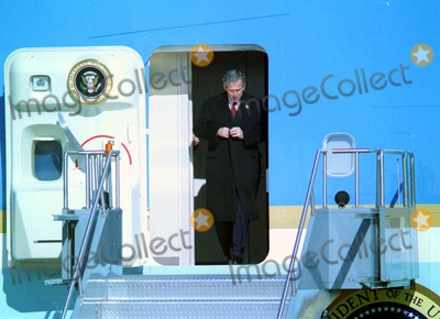 AIRFORCE ONE Photo - President George W Bush Arrives on Airforce One at John F Kennedy International Airport Queens NY 2602 Photo Bruce Cotler Globe Photos Inc