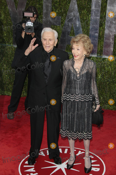 Anne Buydens Photo - Actor Kirk Douglas and Wife Anne Buydens the 2010 Vanity Fair Oscar Party Held at the Sunset Tower Hotel in West Hollywood California on 03-07-2010 Photo by Alec Michael-Globe Photos Inc