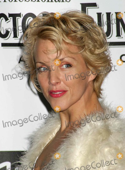 Alice Ripley Photo - the Actors Fund of America Annual Gala at the Waldorf Astoria in New York City on 10302004 Photo by Paul SchmulbachGlobe Photosinc Alice Ripley