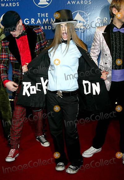Avril Lavigne Photo - Avril Lavigne K29234lcv Sd0223 the 45th Annual Grammy Awards (Arrivals) at Madison Square Garden in NE York City Photo ByGlobe Photos Inc