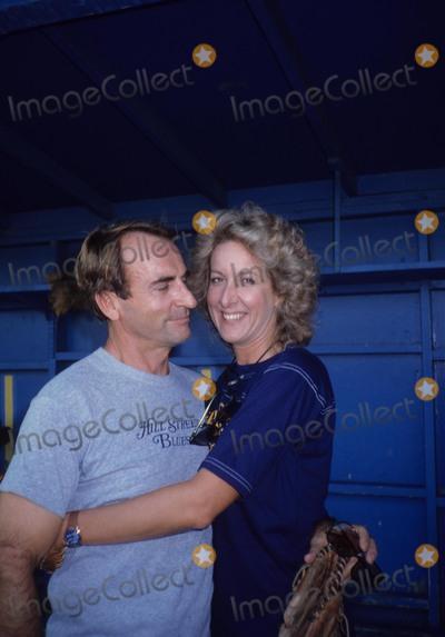 Betty Thomas Photo - Betty Thomas James Sikking 1983 Photo by Michelson-Globe Photos Inc