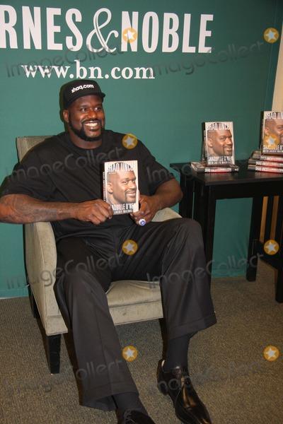 Shaq Book Signing Tour