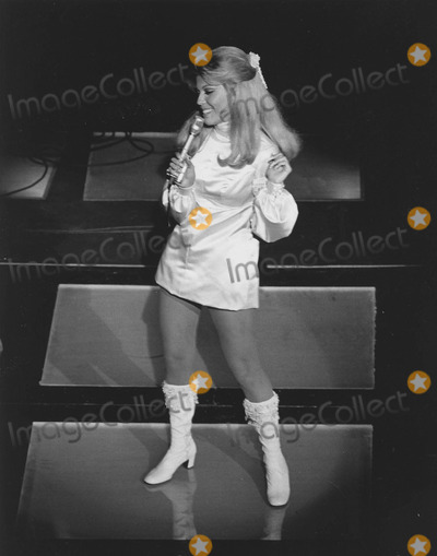 Nancy Sinatra Photo - Nancy Sinatra Performing in Las vegassupplied by Globe Photos Inc