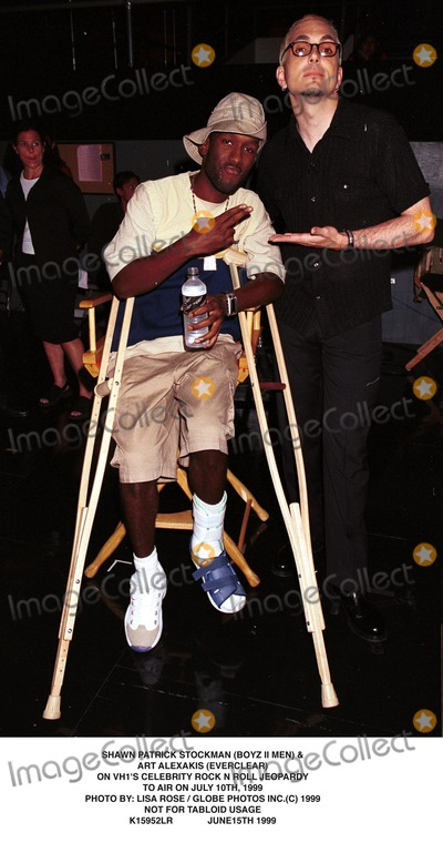 Art Alexakis Photo - 061599 Not For Tabloid Usage Shawn Patrick Stockman (Boyz Ii Men) and Art Alexakis (Everclear) on Vhs Celebrity Rock N Roll Jeopardy to Air on July 10th 1999 Photo by Lisa RoseGlobe Photos Inc