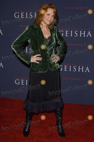 Denise Faye Photo - Los Angeles Premiere of Memoirs of a Geisha Kodak Theatre Hollywood CA 12-04-05 Photodavid Longendyke-Globe Photos Inc 2005 Imagedenise Faye