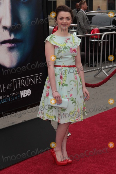 TLC Photo - Maisie Williams Arrives at the Game of Thrones 3rd Season Los Angeles Premiere on March 18 2013 at Tlc Chinese Theatrelos Angeles causa Photo TleopoldGlobephotos