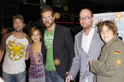 Andy Milonakis Photo - Los Angeles Premiere of Waiting Manns Bruin Theater Westwood CA 09-29-05 Photo David Longendyke-Globe Photos Inc 2005 Image Dane Cookryan Reynoldsandy Milonakisvanessa Lengies