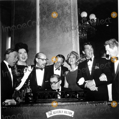 Dean Martin Photo - -1 Irving Berlin Groucho Marx Frank Sinatra Dinah Shore Dean Martin Danny Kaye Nate CutlerGlobe Photos Inc