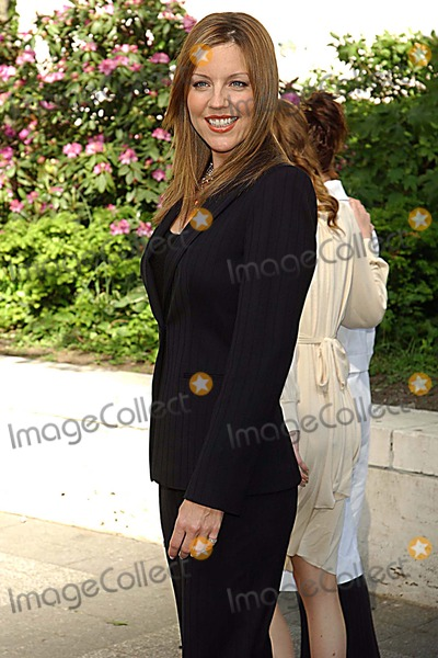 Andrea Parker Photo - Abc Upfront Event Lincoln Center New York City 5-17-2005 Photo Ken Babolcsay-ipol-Globe Photos Inc 2005 Andrea Parker
