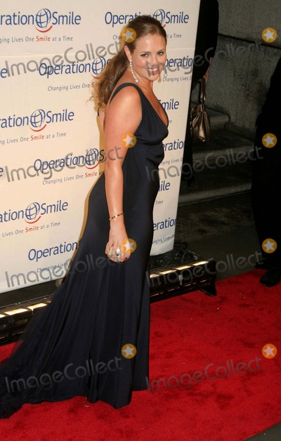 Amanda Hearst Photo - Operation Smile Presents the 2009 Smile Event- Red Carpet Cipriani 55 Wall Street -nyc-5709 Amanda Hearst Photo by Mitchell Levy-rangefinder-Globe Phtos Inc 2009