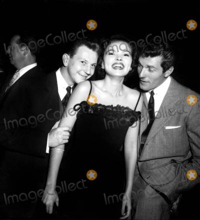 Hugh OBrian Photo - Donald Oconnor Alice Kelly and Hugh Obrian Globe Photos Inc Donaldoconnorretro