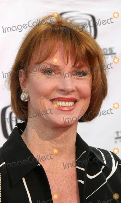 Mariette Hartley Photo - Tv Land Awards a Celebration of Classic Tv at the Hollywood Palladium in Hollywood CA 03072004 Photo by Ed GelleregiGlobe Photos Inc 2004 Mariette Hartley