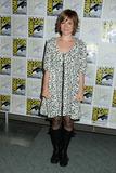Renee-Felice Smith Photo 2