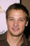 Jeremy Renner Photo 2