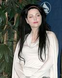 Amy Lee Photo 2