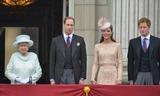 Queen Elizabeth\ Photo 2