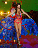 Photo - Photo by Patricia SchleinstarmaxinccomSTAR MAXCopyright 2015ALL RIGHTS RESERVEDTelephoneFax (212) 995-1196111015Kendall Jenner on the runway during the 2015 Victorias Secret Fashion Show(NYC)