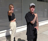 Photo - Photo by JMAstarmaxinccomSTAR MAX2015ALL RIGHTS RESERVEDTelephoneFax (212) 995-119610715Justin Bieber and Hailey Baldwin in Beverly Hills CA