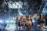 Photo - Victorias Secret Fashion Show in London