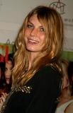 Angela Lindvall Photo 2