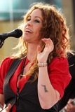 Alanis Morissette Photo 2