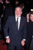 Alan King Photo - Shakespeare in Love Premiere in Ziegfeld Theatre in New York City 12031998 Alan King Photo by Henry McgeeGlobe Photos Alankingretro