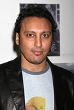 Aasif Mandvi Photo 2