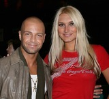 Avery Lipman Photo - NYC  030407EXCLUSIVE Joey Lawrence and Brooke Hogan (Hulk Hogans daughter) at the TJ MARTELL FOUNDATIONS 8th Annual FAMILY DAY honoring Universal Republic Records President Monte Lipman and Senior VP Avery Lipman at Roseland BallroomDigital Photo by Adam Nemser-PHOTOlinknet