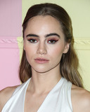 Alice  Olivia Photo - MANHATTAN NEW YORK CITY NEW YORK USA - SEPTEMBER 09 Suki Waterhouse arrives at alice  olivia By Stacey Bendet during New York Fashion Week The Shows held at ROOT Studios on September 9 2019 in Manhattan New York City New York United States (Photo by Xavier CollinImage Press Agency)