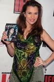 Alicia Arden Photo 2