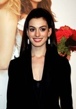 Ann Hathaway Photo 2